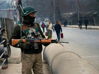 Shops, public transport remain shut in Srinagar as separatists protest shifting of local detainees to jails outside state