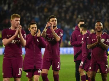 Soccer Football - FA Cup Fourth Round - Cardiff City vs Manchester City - Cardiff City Stadium, Cardiff, Britain - January 28, 2018 Manchester City's Kevin De Bruyne, Bernardo Silva, Kyle Walker, Raheem Sterling and Vincent Kompany applaud fans after the match REUTERS/Rebecca Naden - RC1D481BD960