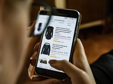 A study indicates that online shoppers abandon transactions on mobile apps despite increasing number of users