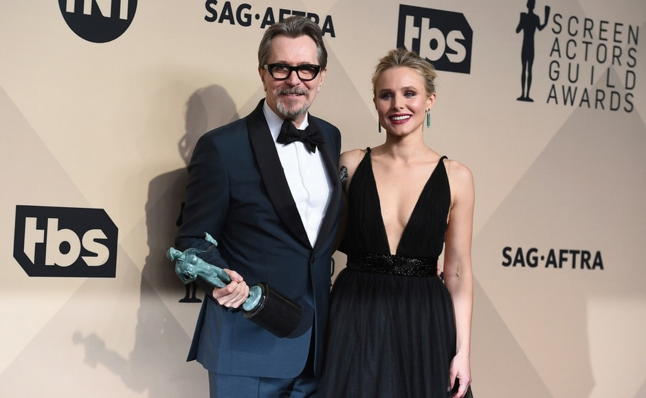 Gary Oldman, winner of best actor in a leading role for Darkest Hour, and Kristen Bell at the 24th annual Screen Actors Guild Awards. AP/Jordan Strauss