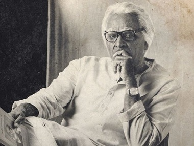 Seethakaathi first look: Vijay Sethupathi undergoes a stunning makeover for his 25th film