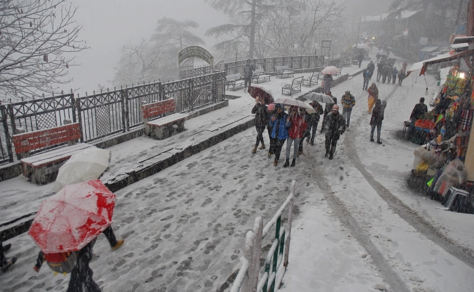Weather prediction agencies have predicted dry weather in the region over the next six days and rains or snow at isolated places in higher hills on Wednesday. PTI