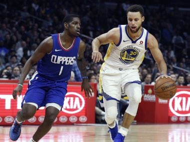 NBA: Stephen Curry scores 45 points in 29 minutes to propel Warriors past Clippers; Cavaliers defeat Magic