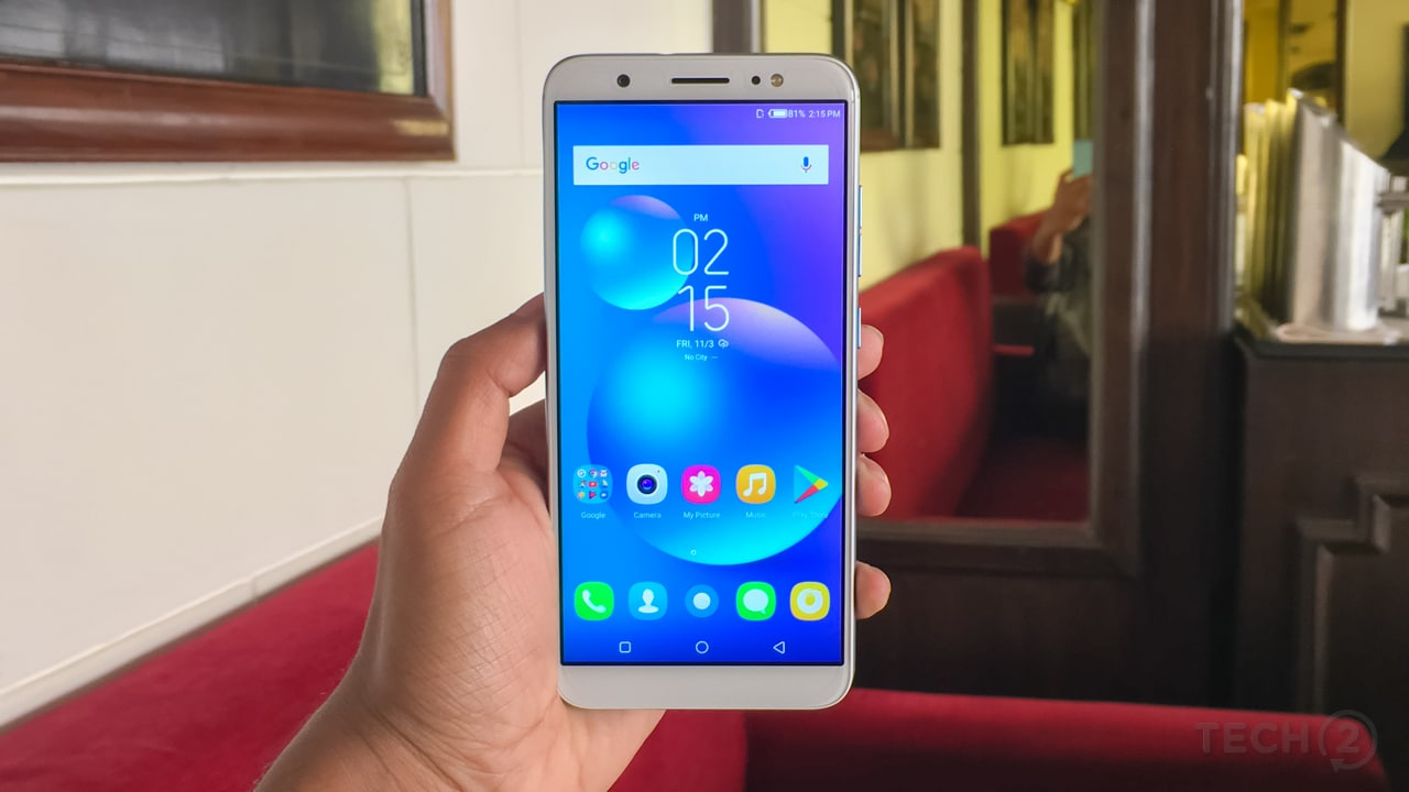 The Camon i has a polycarbonate body and weighs just 134 grams. Image: tech2/Shomik Sen Bhattacharjee