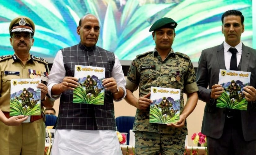 Rajnath Singh and Akshay Kumar at the Bharat Ke Veer launch/Image from Twitter.