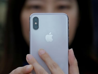 Sales of new smartphones are slumping because our old smartphones are good enough: Report