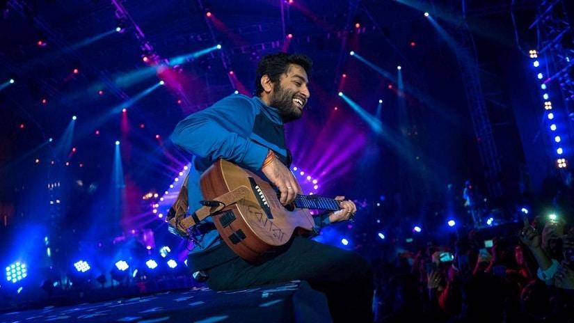 Arijit Singh performing at one of his concerts. Facebook/ Arijit Singh