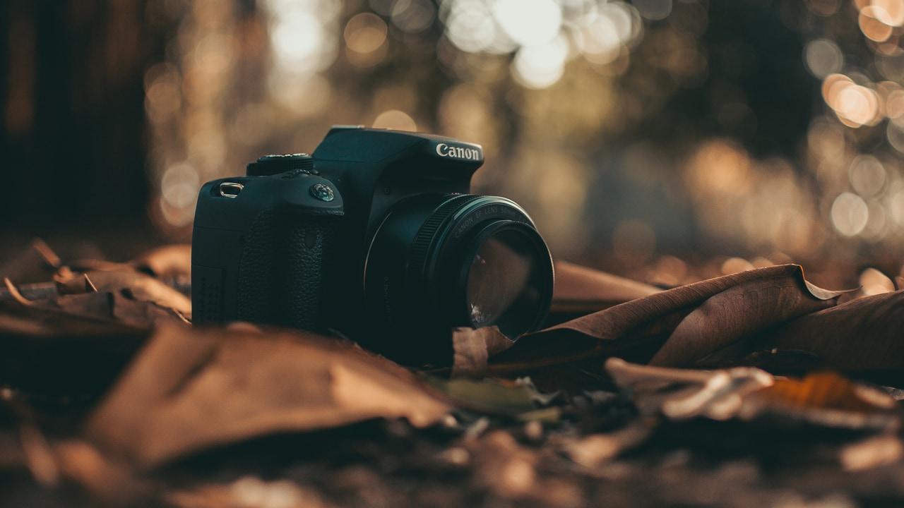 Canon 1100D 16x9