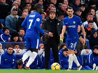 Antonio Conte thanked Chelsea fans after their win against West Bromwich Albion. Image courtesy: Twitter @ChelseaFC