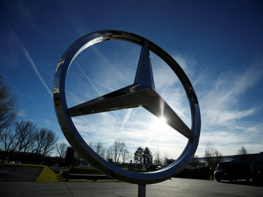 US investigators probing Mercedes maker Daimler find that software was used to pass emissions test