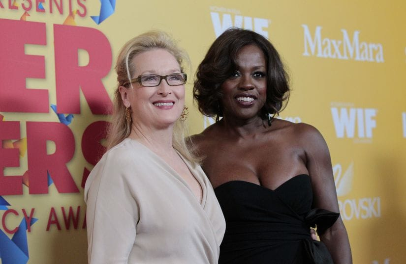"""Actresses Meryl Streep (L) and Viola Davis pose at the Women In Film Los Angeles 2012 Crystal and Lucy Awards themed """"Power In Numbers"""" in Beverly Hills, California June 12, 2012. REUTERS/Mario Anzuoni (UNITED STATES - Tags: ENTERTAINMENT) - GM2E86D1ALT01"""