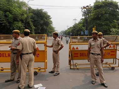 Delhi biker dies in freak accident: 21-yr-old's neck gets stuck in wire used to hold police barricades