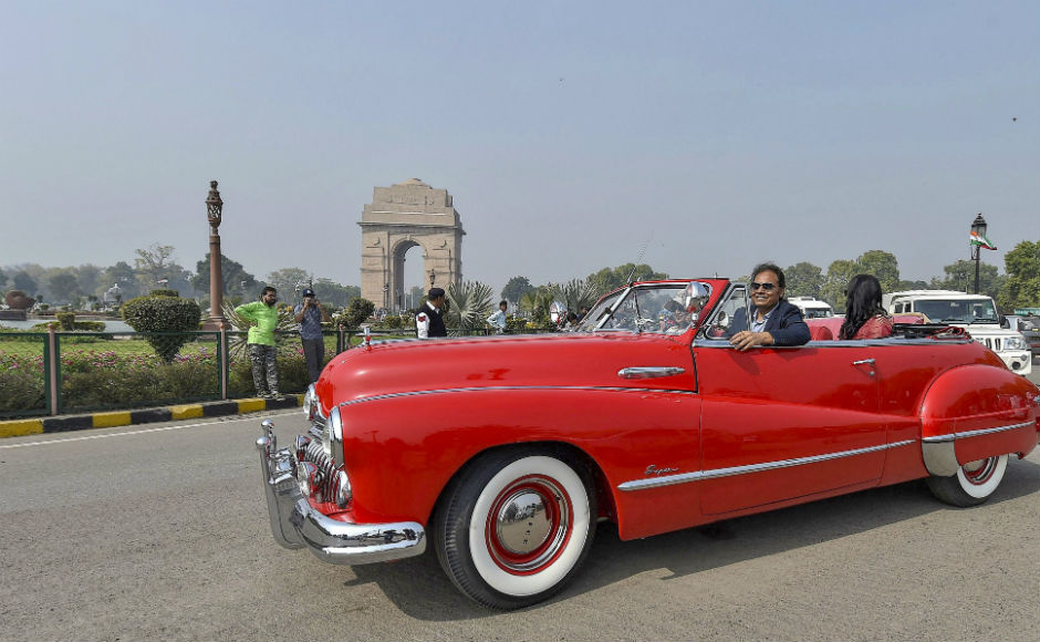 Vintage car rally organised in Delhi: Over 125 automobiles, 35 two ...