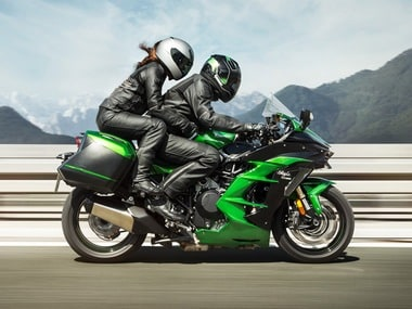 The Kawasaki Ninja H2 SX SE fully kitted