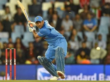 India vs South Africa: MS Dhoni loses cool on Manish Pandey, proves he is human after all