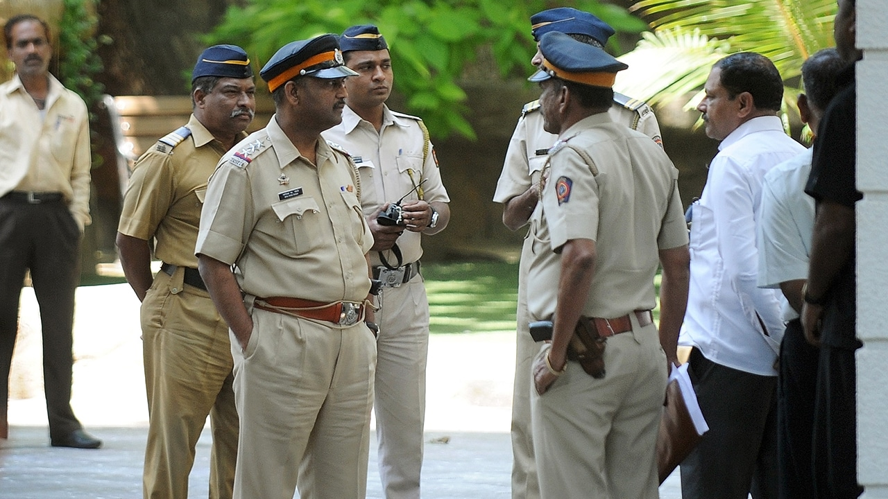 Nagpur: Crime reporter's 54-year-old mother, minor daughter murdered; police detain two suspects