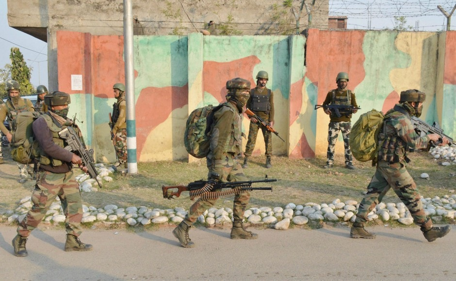 Para commandos of the army were airlifted from the army's northern command headquarters in Udhampur town to flush out the holed up militants. PTI