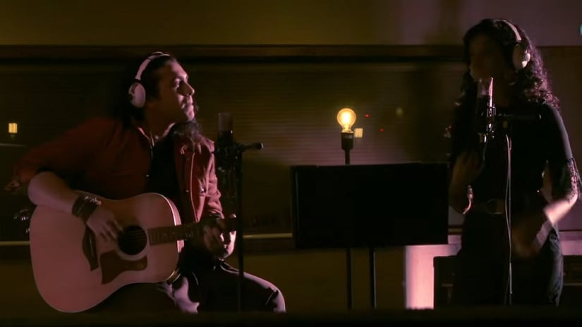 Still from Pehla Nasha reprise version featuring Jubin Nautiyal (left) and Palak Muchhal (right). YouTube screegrab