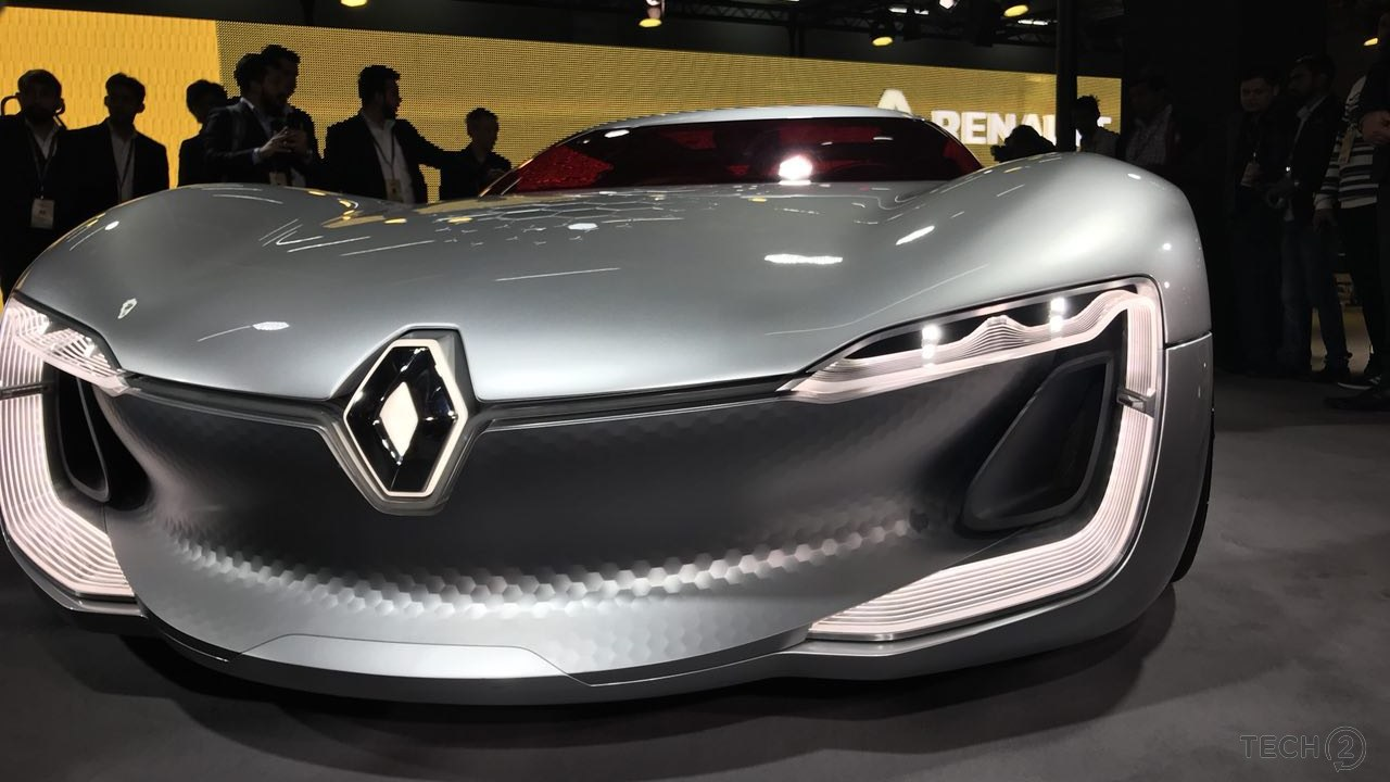 Renault Trezor headlights shown from the front at Auto Expo 2018.
