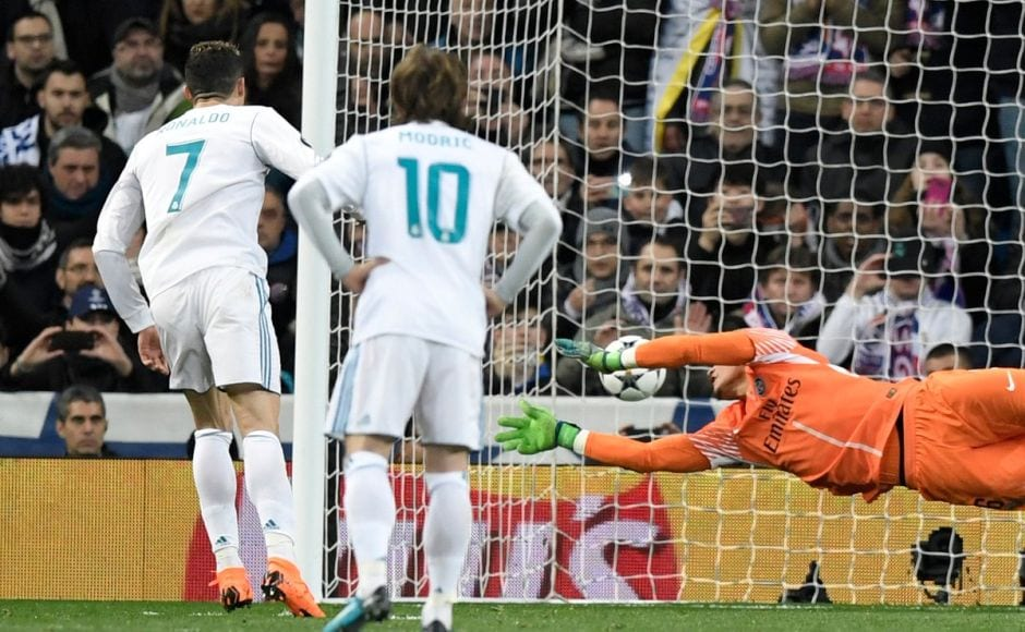 At the stroke of half-time, Toni Kroos was fouled by Giovani Lo Celso and Ronaldo stepped up to draw Madrid level. Image courtesy: Twitter @ChampionsLeague