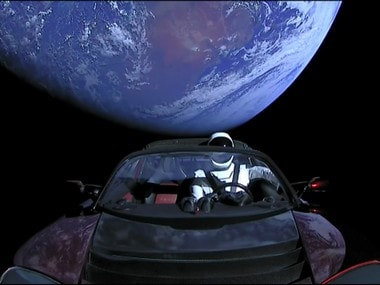 Tesla Roadster sent in space by SpaceX on the Falcon Heavy seen drifting in space by an observatory in Arizona