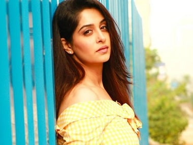 Sasural Simar Ka actress Dipika Kakar to make Bollywood debut with JP Dutta's Paltan
