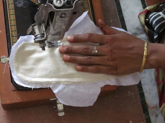 The Jatan Sansthan teaches women in Rajasthan to stitch their own pads with a fabric called flannel (commonly referred to as falaalen ka kapda)