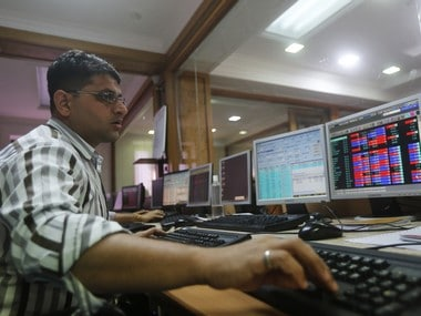 Stocks retreat on global rout; Sensex plunges 407 points, Nifty ends below 10,500