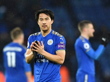 Leicester City's Japanese striker Shinji Okazaki applauds the fans during the English Premier League football match between Leicester City and Swansea City at King Power Stadium in Leicester, central England on February 3, 2018. / AFP PHOTO / Ben STANSALL / RESTRICTED TO EDITORIAL USE. No use with unauthorized audio, video, data, fixture lists, club/league logos or 'live' services. Online in-match use limited to 75 images, no video emulation. No use in betting, games or single club/league/player publications. /