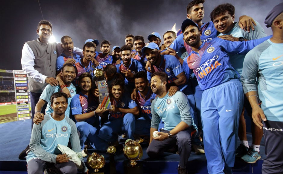 Dinesh Karthik slams last-ball six to help India clinch thriller against Bangladesh in Nidahas Trophy 2018 final