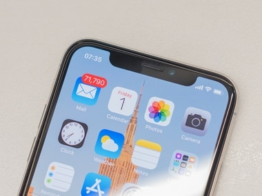 Apple might just drop the iPhone X notch in its 2019 iPhones with OLED displays: Report
