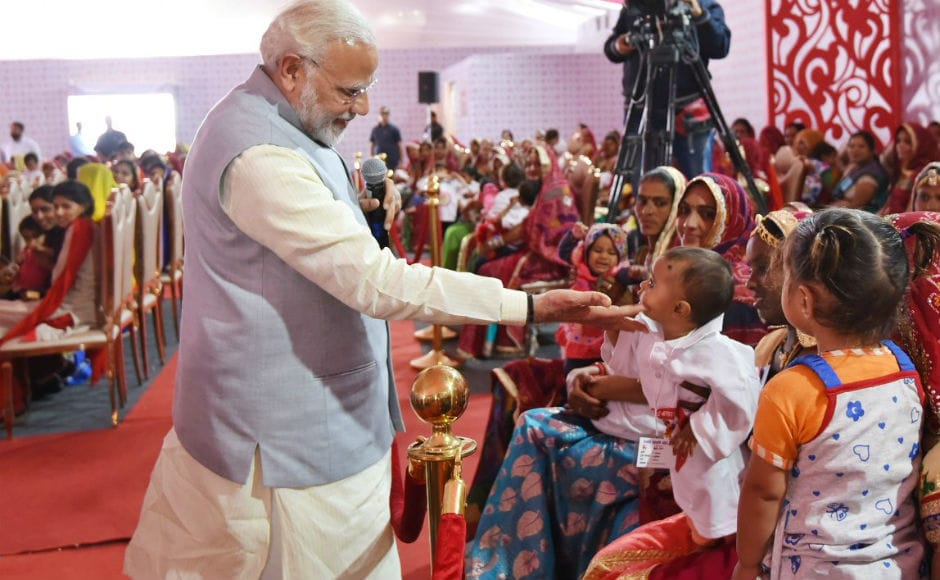He further emphasised on providing proper nutrition to the children. Referring to girls as the 'pride and glory for our nation', he urged people not to consider them a burden. Twitter @BJP4Rajasthan.