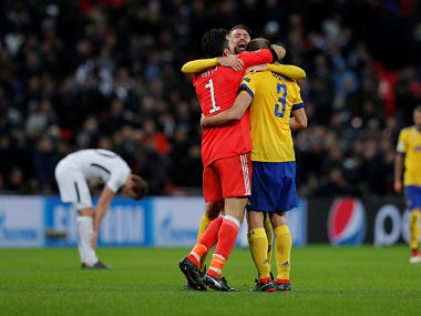 Soccer Football - Champions League Round of 16 Second Leg - Tottenham Hotspur vs Juventus - Wembley Stadium, London, Britain - March 7, 2018 Juventus' Gianluigi Buffon, Andrea Barzagli and Giorgio Chiellini celebrate after the match Action Images via Reuters/Andrew Couldridge - RC1F8D37B760