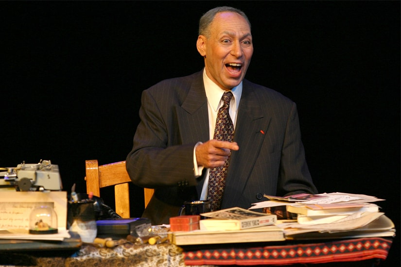 American actor Ronald Rand as Harold Clurman in his play Let It Be Art! (All images taken from letitbeart.com)