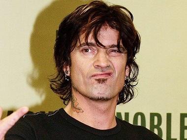 Rocker Tommy Lee levels assault allegation against son Brandon, 21, with ex-wife Pamela Anderson