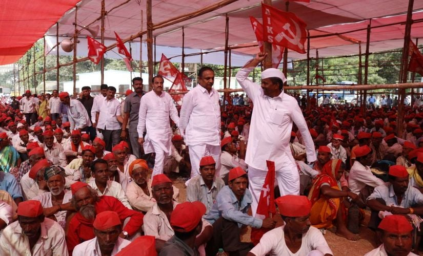 Farmers organised a 180 km long protest march to protest the alleged failures of the BJP government on the farm front, including non-implementation of recommendations of the Swaminathan Commission and the Forest Rights Act. Fisrtpost/ Sachin Gokhale