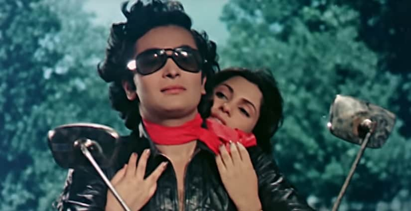 Rishi Kapoor: Indian veteran Bollywood actor dies after fight with cancer