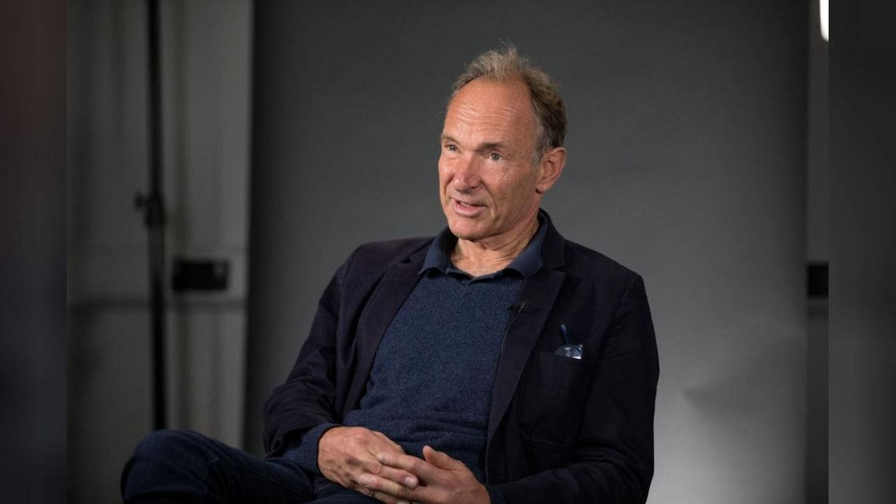 Father of the Web Timothy Berners-Lee says Australians media law may render the Internet unworkable