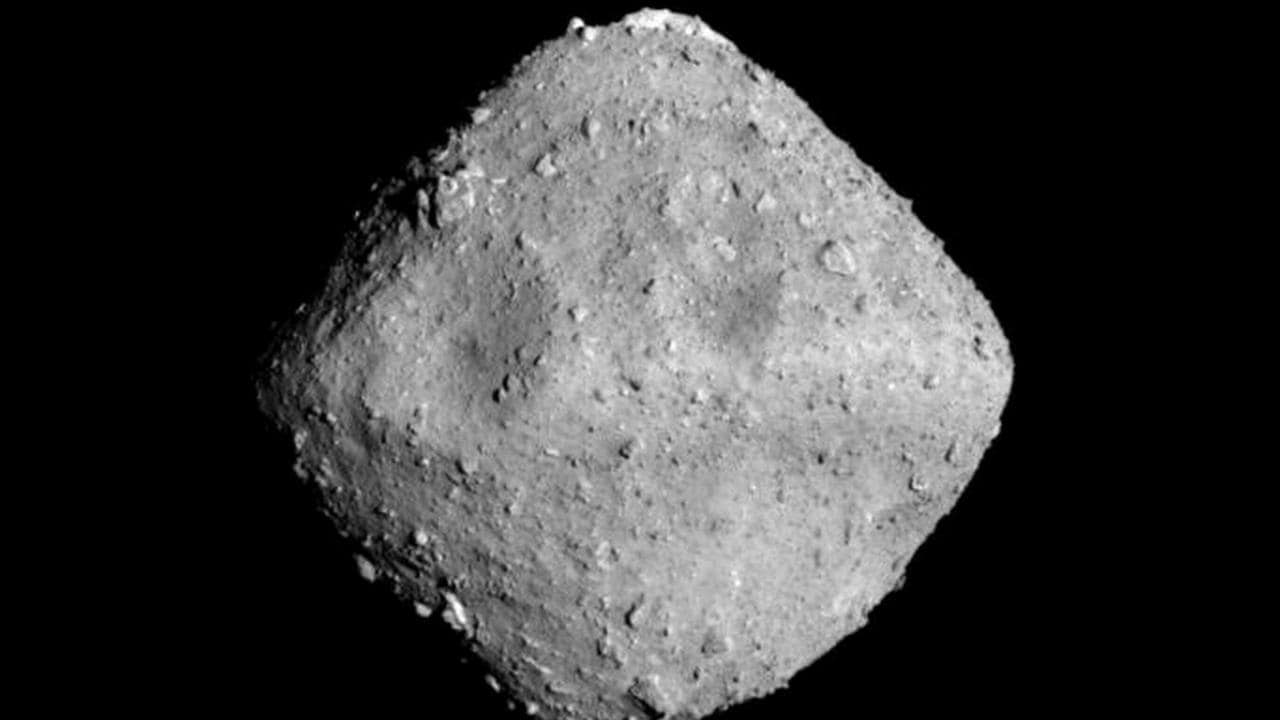 The asteroid Ryugu that spacecraft Hayabusa2 has created a crater in. Image credit: JAXA
