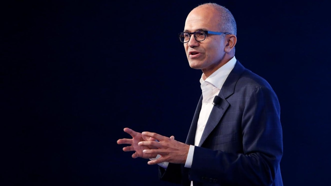 Microsoft CEO Satya Nadella gestures as he addresses students and young entrepreneurs during a conference in New Delhi, India. Image: Reuters.