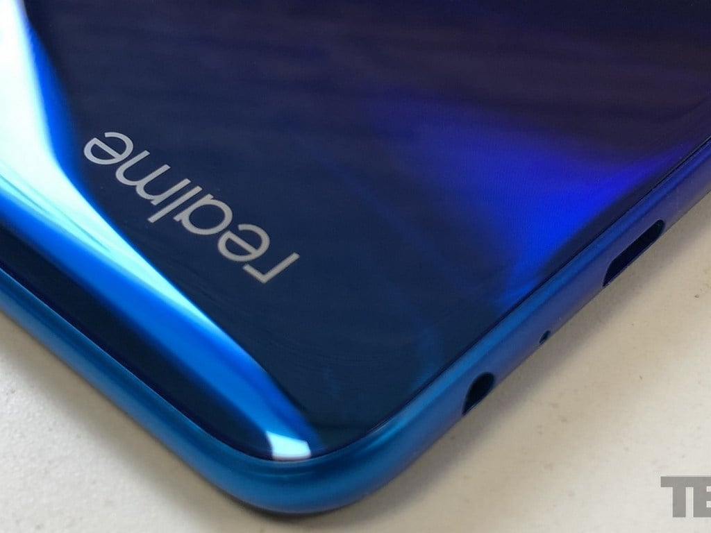 Realme Narzo 10 will debut in India on March 26