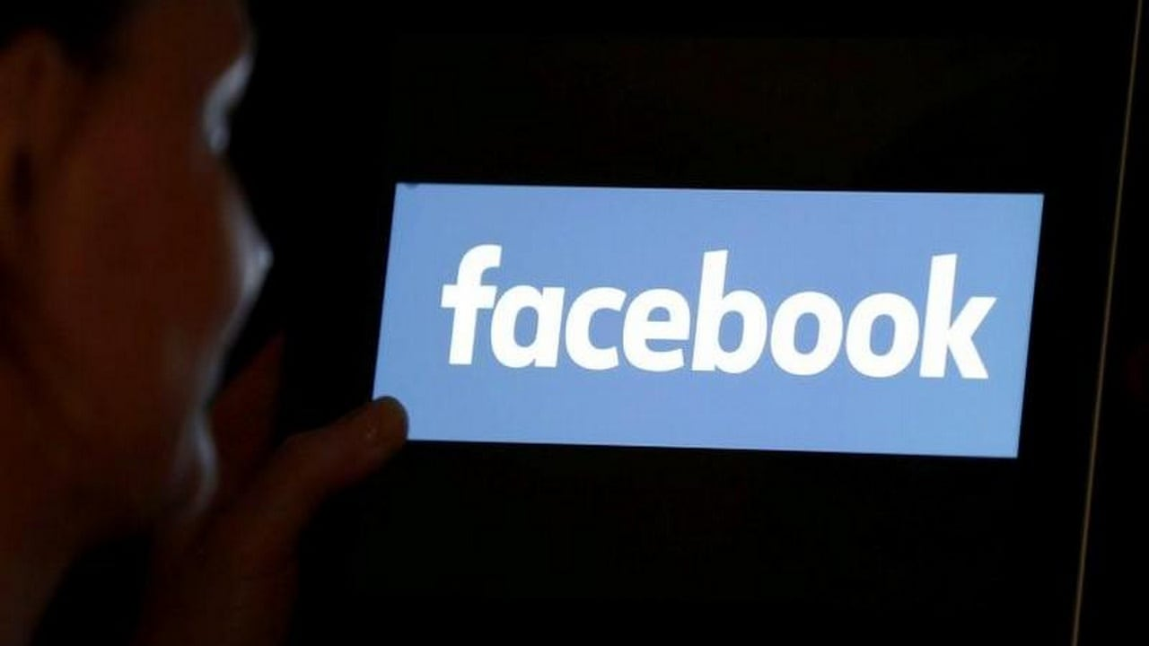 Facebook critics launch rival 'oversight board', say company is taking too long to set up its own panel