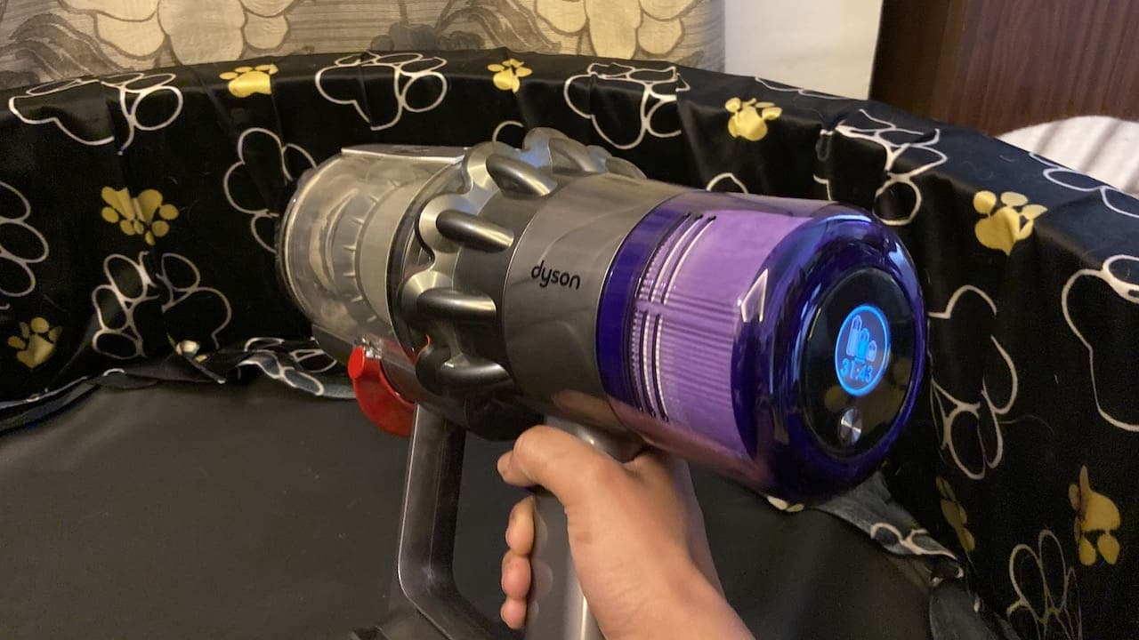 Dyson V11 Absolute Pro now offers a click-in battery system, will offer run time of 120 minutes