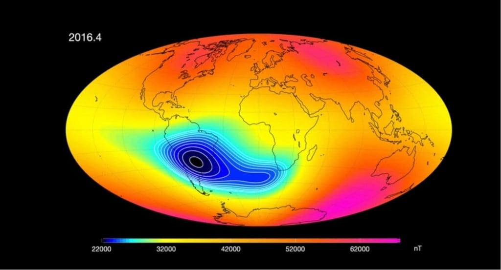 Earths magnetic field is mysteriously weakening