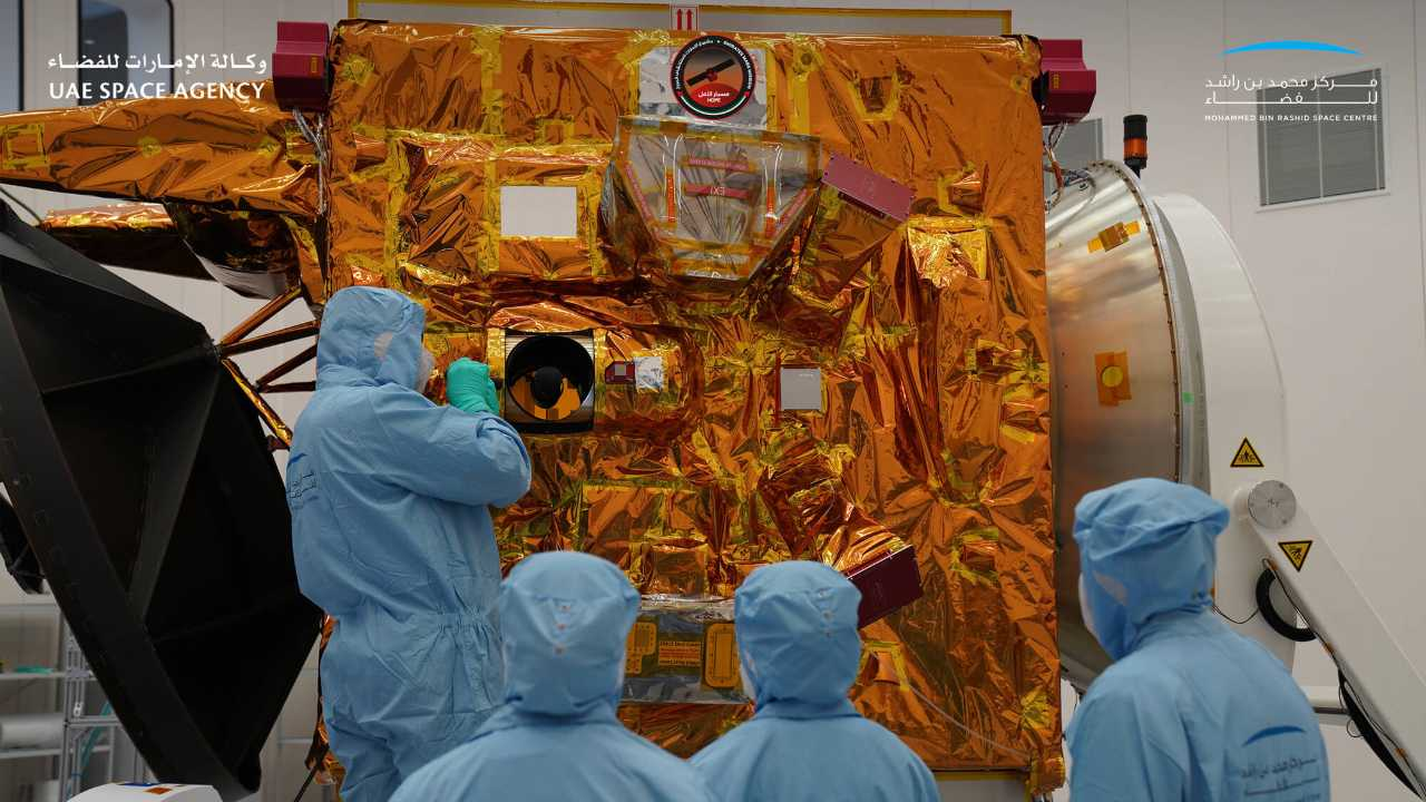 Space: Three countries are sending spacecraft to Mars