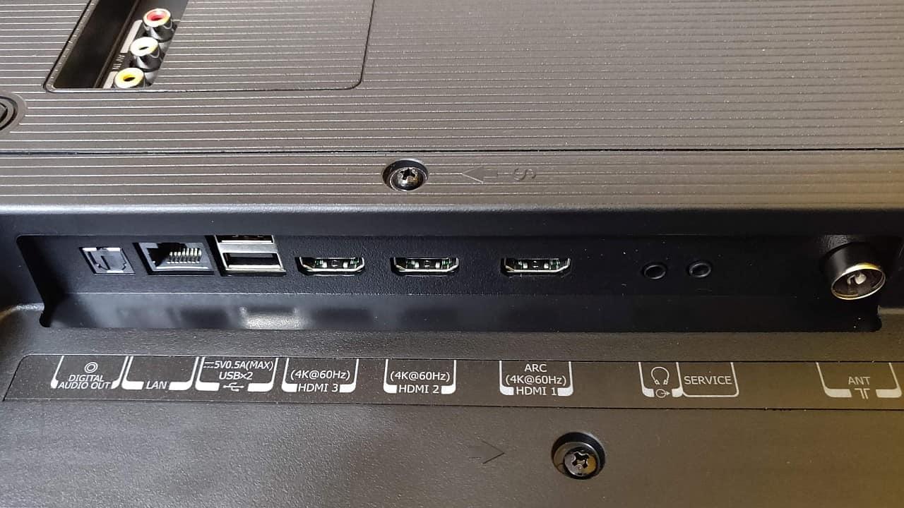 Connectivity ports-min