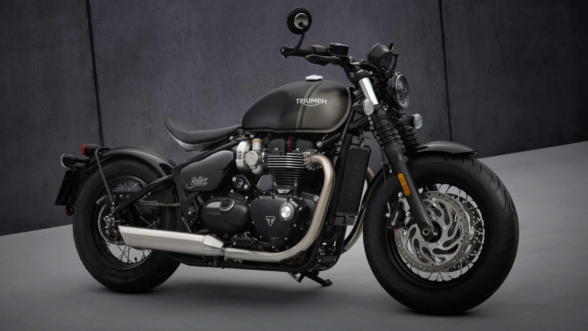 A highlight of the 2021 Triumph Bonneville Bobber is its larger, 12-litre fuel tank. Image: Triumph Motorcycles