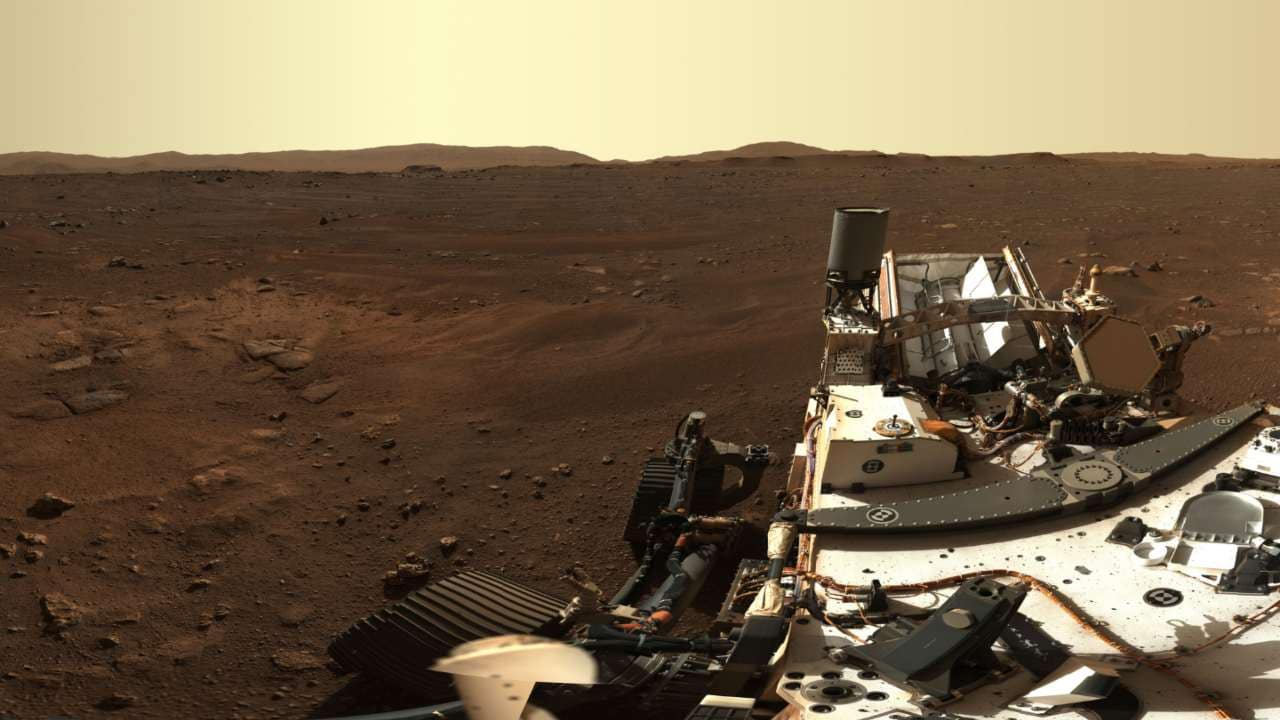 Language of space exploration rhetoric can affect public perception of space activities