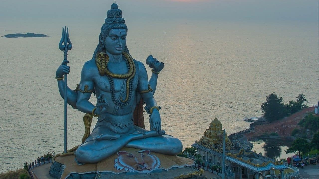 Happy Mahashivratri 2021 messages, greetings to share with your family and friends