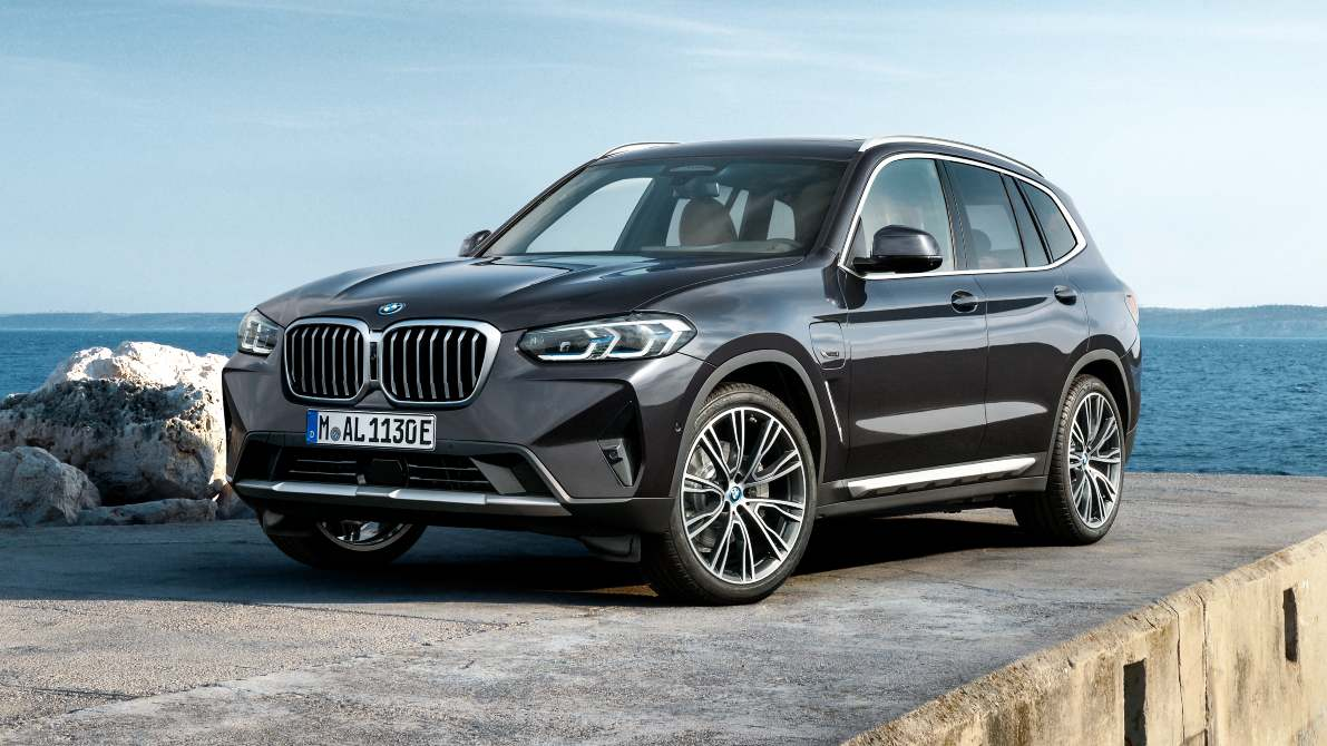For 2021, the BMW X3 gets a larger, single-piece kidney grille. Image: BMW